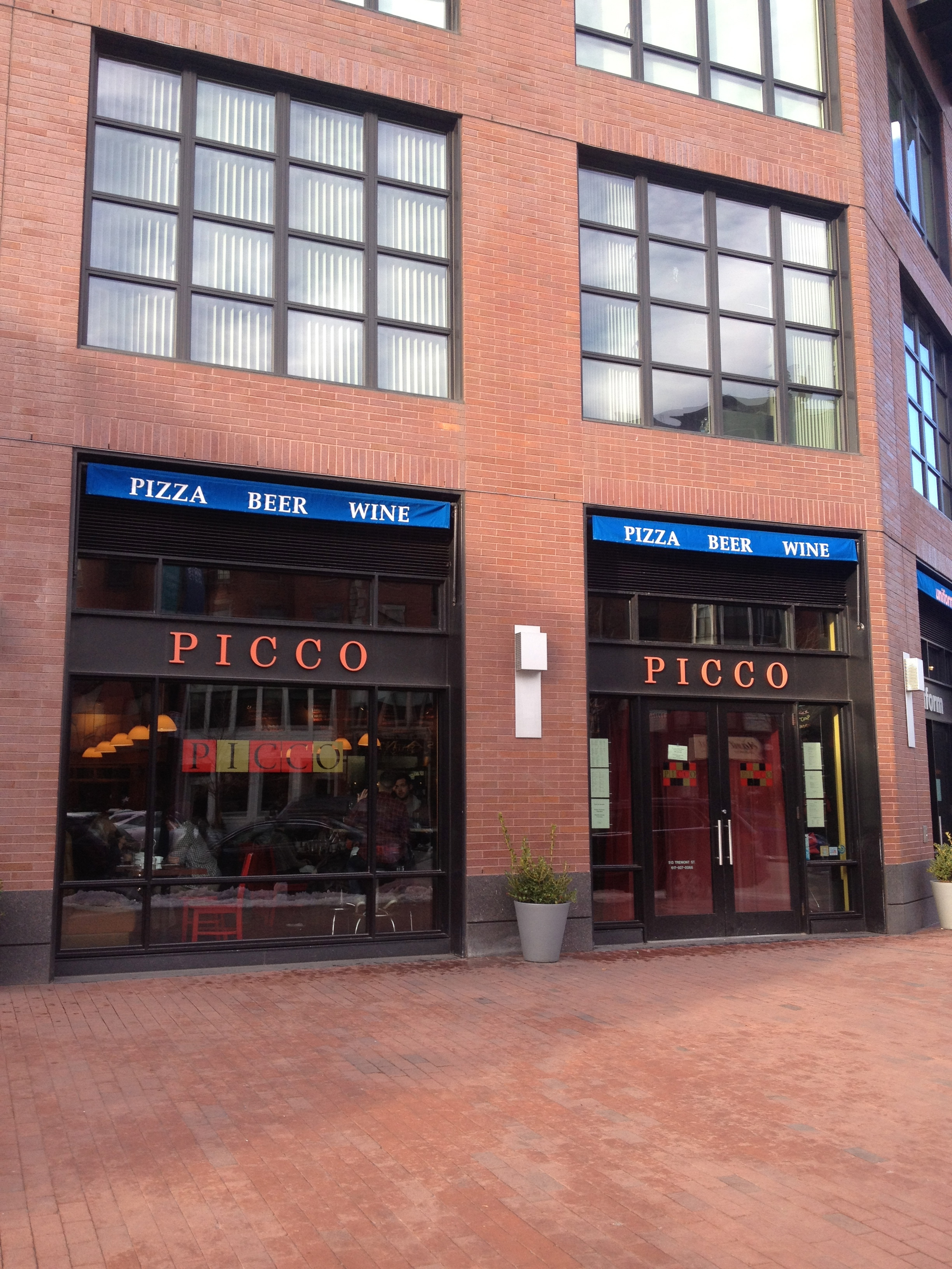 Picco Restaurant in Boston