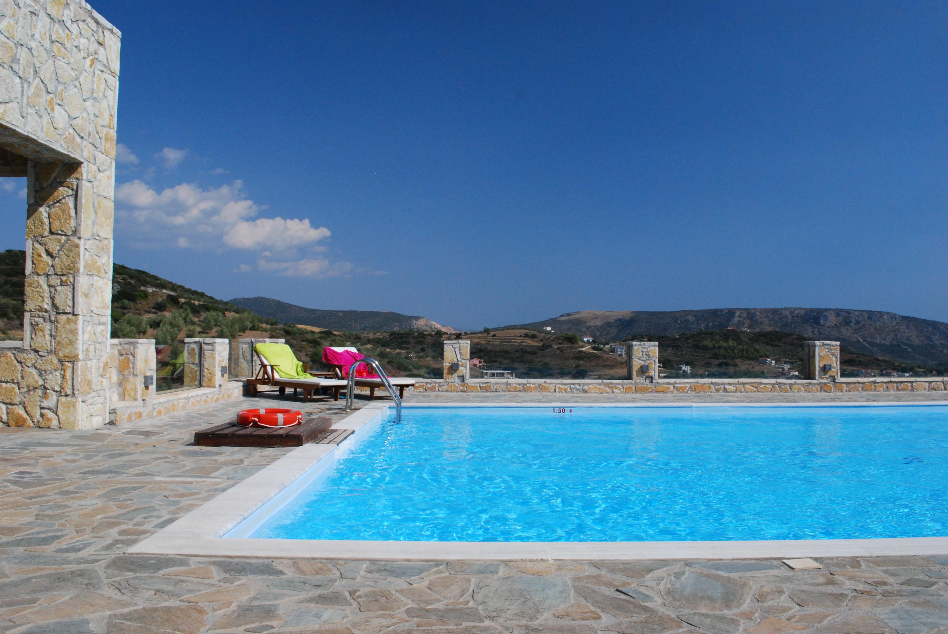 Swimming pool at Hotel Perivoli in Greece