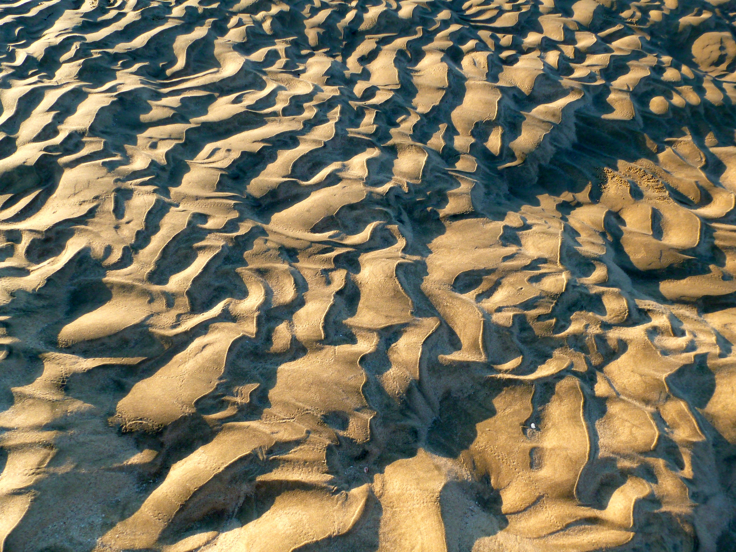 Sand formations